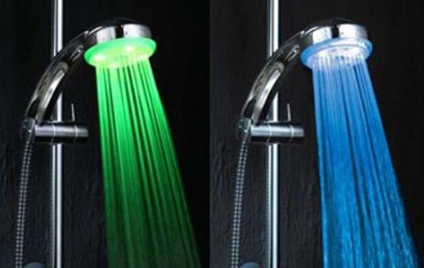 Consigue la ducha LED en tres colores