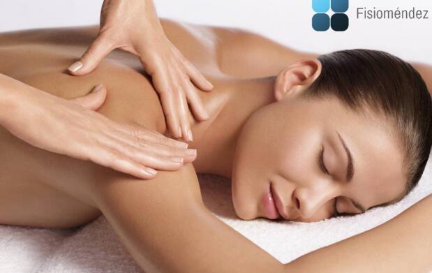 Sesión de fisioterapia o tratamiento para la espalda