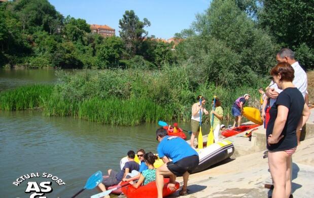 Paseo en piragua por el río Ebro
