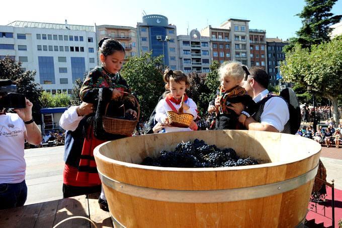 Logroño Celebra El Pisado De La Uva El Día De San Mateo Larioja Com Foto 24 De 25