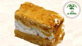 Prueba el exquisito milhojas artesano de La Palmera