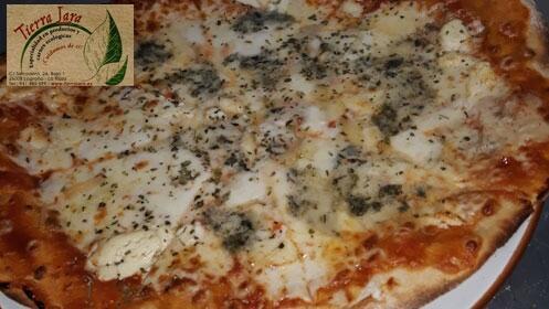 Ven a probar las exquisitas pizzas de Tierra Lara. Menú para 2