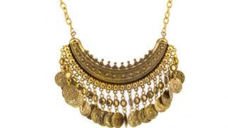 Collar dorado de diseño Étnico