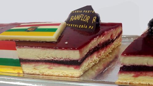 Celebra los San Mateos con el postre de la vendimia de Pastelería Ramflor