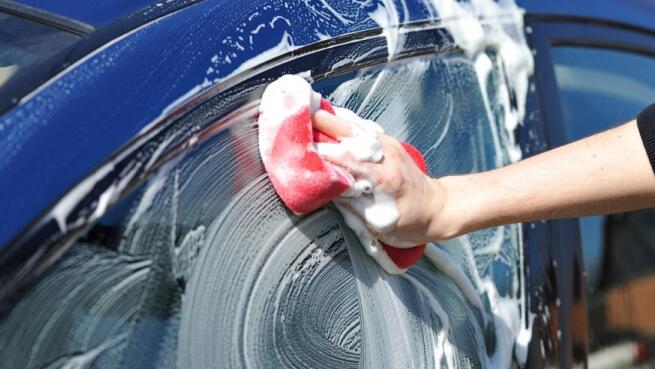 Lavado interior y exterior de vehículo ¡quedará impecable!