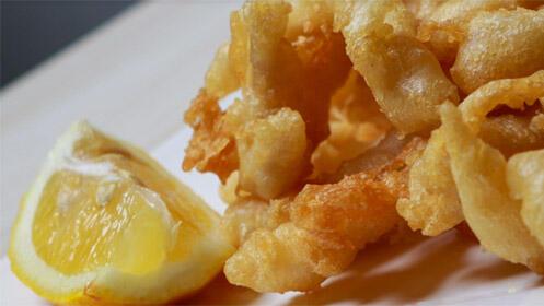 Prueba una exquisita ración de calamares o de carrillera + consumiciones